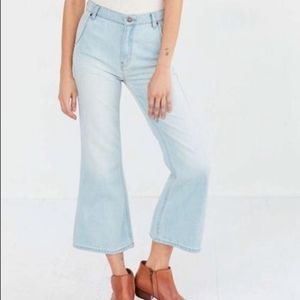 BDG Urban Outfitters Penny crop flare mom jeans 31